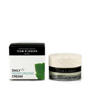 Daily Moisturizing Cream | Team Dr Joseph